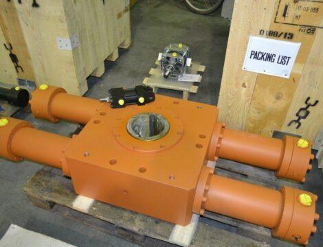 Girapaniera rotary actuator, working torque 200,000 N / m.